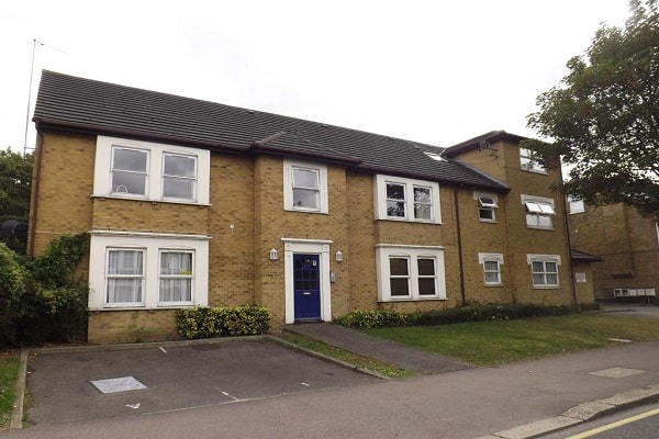 Properties for Sale and Rent in Romford
